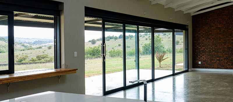 vanacht aluminium sliding door feature
