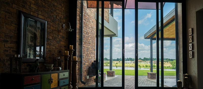 vanacht aluminium glazing windows feature