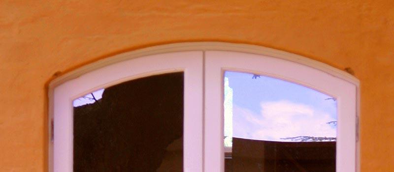 Van Acht Arch Windows Feature