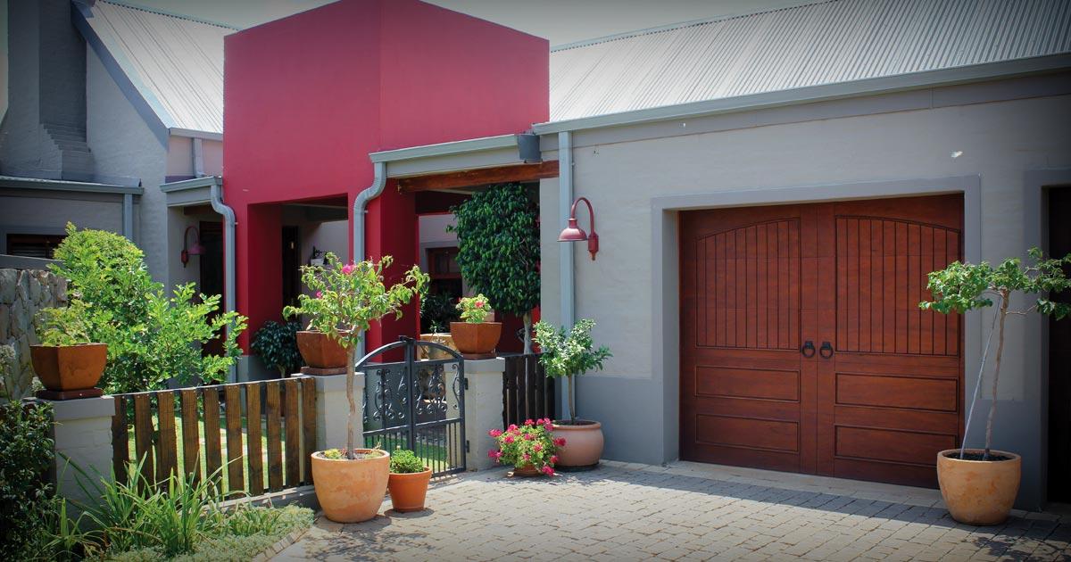 vanacht-garage-doors-page-feature-image