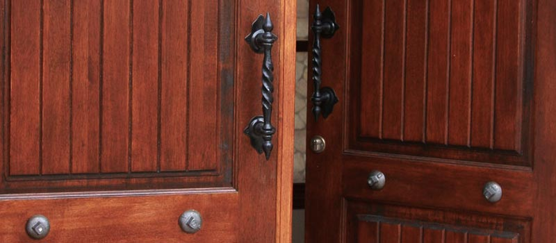Van Acht Ironmongery Hardware Handles Locks Feature