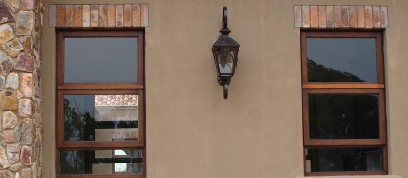 Van Acht Manor Windows Top Hung