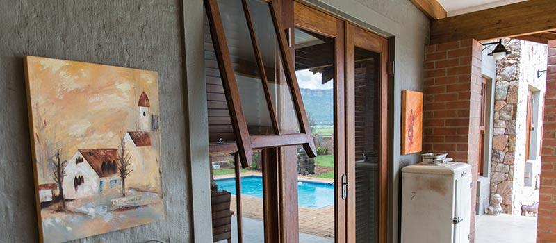 Van Acht Mock Easy-Lift Sash Windows Feature