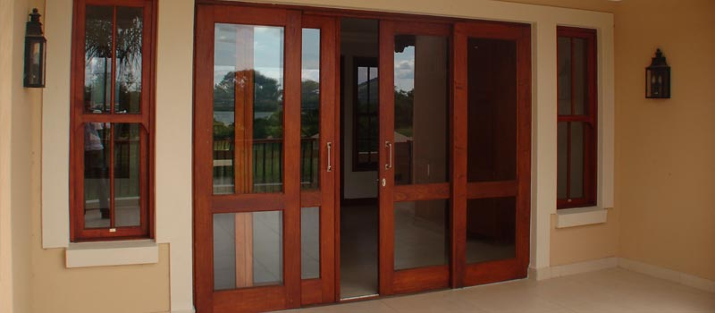 Van Acht Sliding Doors Feature